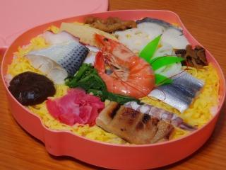 桃太郎の祭ずし 03