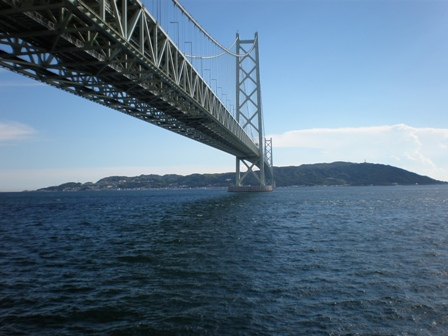 明石海峡大橋です