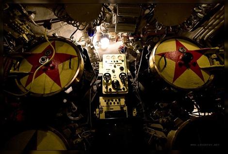 潜水艦B-413のターンテーブルみたいな部分