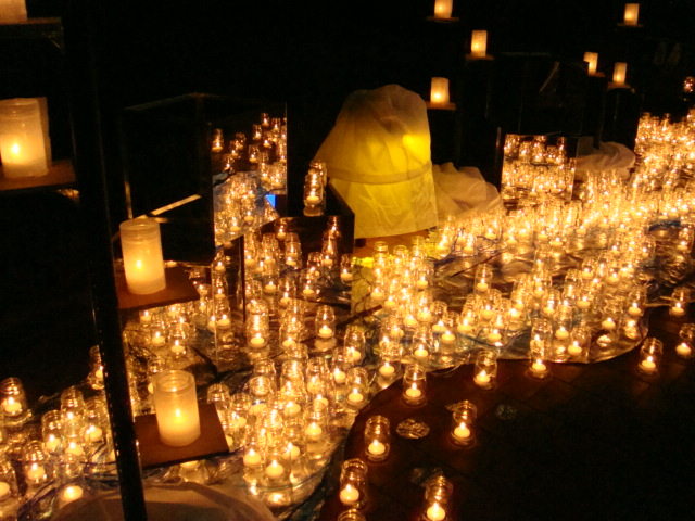 candlenight020.JPG