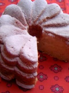りんごのクリームケーキ 切った全体