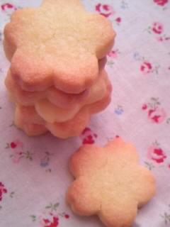 桜 クッキー 重ね並べ