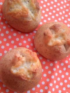 小麦胚芽 チーズ丸パン
