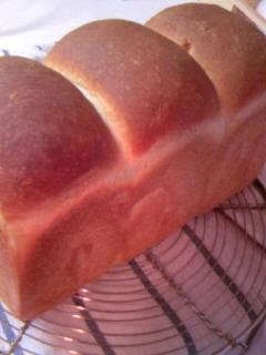 おいたんさん 米粉パン 食パン全体