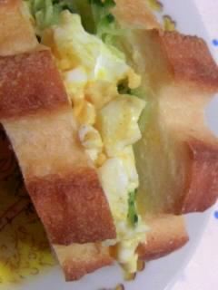 白神こだま酵母 ミルクパン 卵サンドアップ