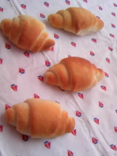 みかさん 米粉パン バターロール全体