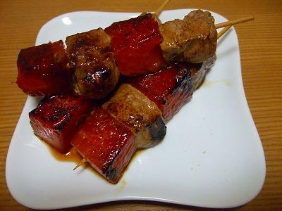 ヒレ肉とスイカの串焼き