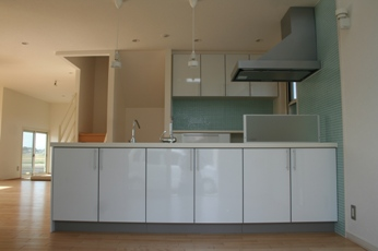 kitchen001.jpg