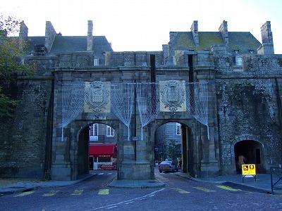 城壁入り口