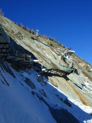 氷河に下りる階段