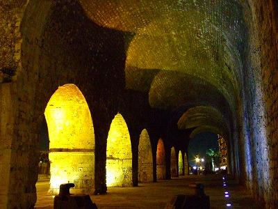 トンネル(?)ライトアップ