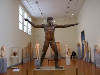 ポセイドンのブロンズ像