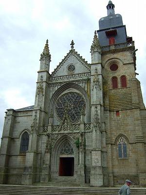 Eglise St-Leonard