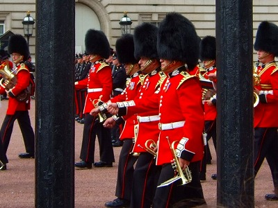 バッキンガム宮殿衛兵交替式