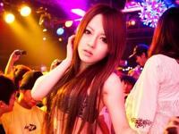 桜井りあ&松島かえで 台湾のクラブでイベントに登場した時の画像