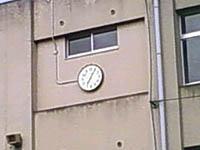 投票所の時計