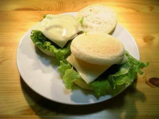 チーズハンバーグマフィン003