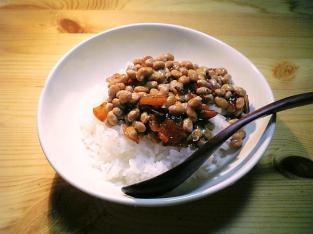 納豆と福神漬け001