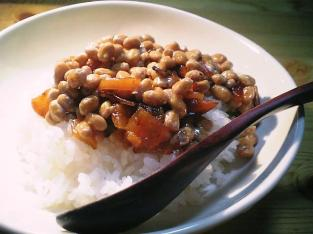 納豆と福神漬け002