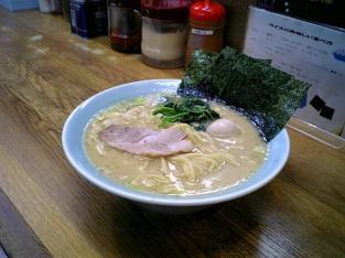 壱六家瀬谷店ラーメン並味濃い目002