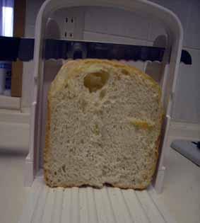breadcutter_3.jpg