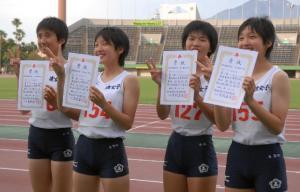 5女子四百R2_040