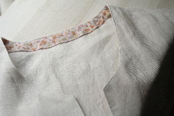 ホワイトリネンシャツ