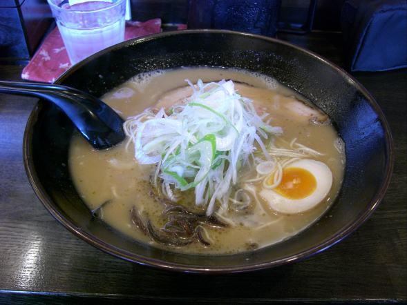 松原・綿麺とんこつ
