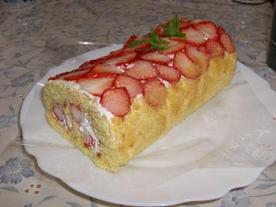 イチゴのロールケーキ1