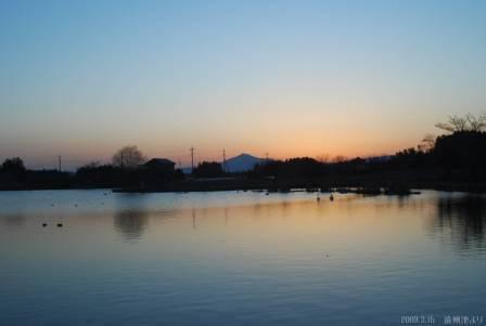 遠州池夕日