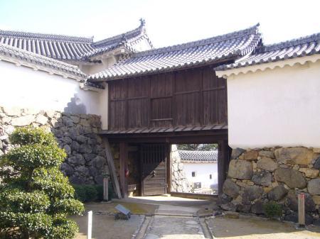 Himeji_castle05_1024.jpg