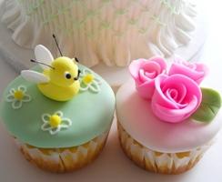 デザインカップケーキ