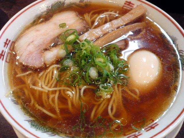 紅醤油細麺