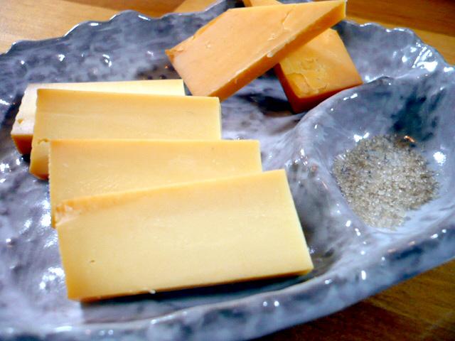 工房特性スモークチーズ