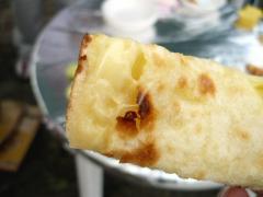 チーズ入りナン