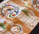 Modern Komachiベージュ丸に巻物マクロ