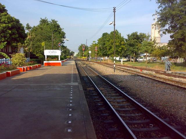 タイ鉄道 バンポン駅02