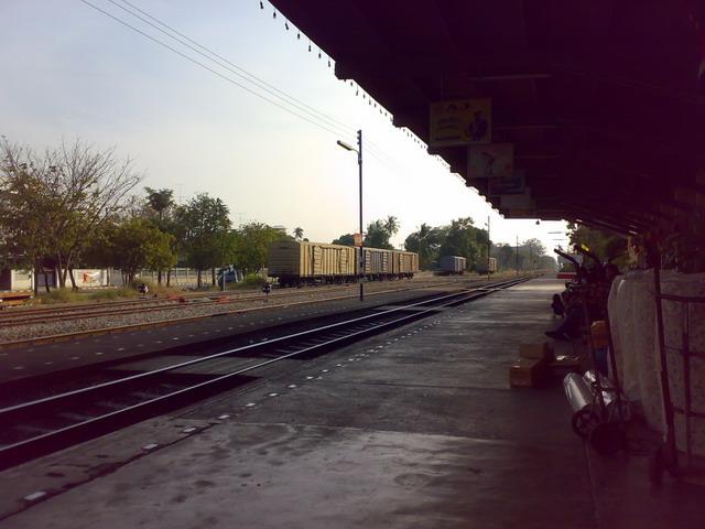 タイ鉄道 バンポン駅08