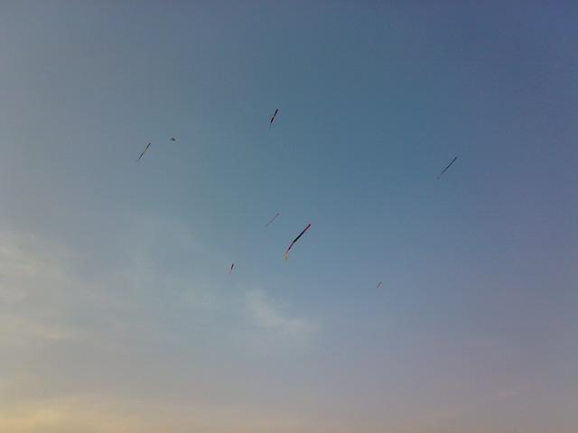 タイ 凧揚げ02
