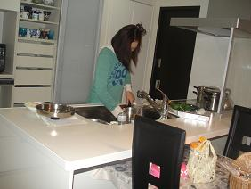 手料理を作るぅ~
