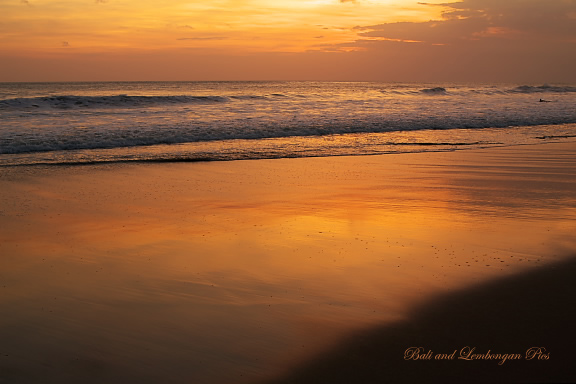 sunset at seminyak3