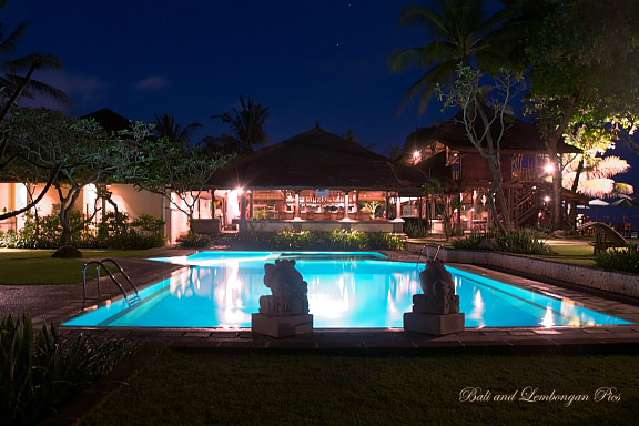 night view in Resor Seminyak