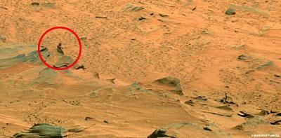 火星人か?NASA探査ロボット撮影の写真で騒然2