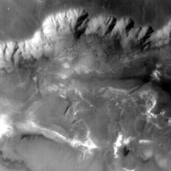 火星人か?NASA探査ロボット撮影の写真で騒然4