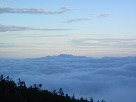 夕暮れ雲海
