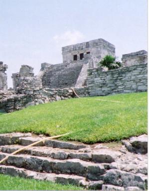 カンクン城壁