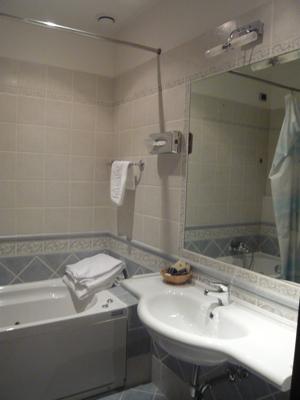 ホテルバスルーム
