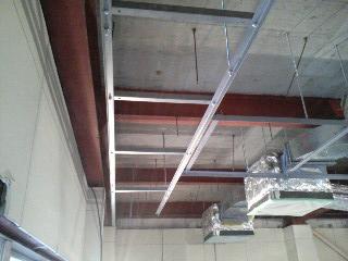 配管吊り架台1