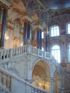 豪華な階段