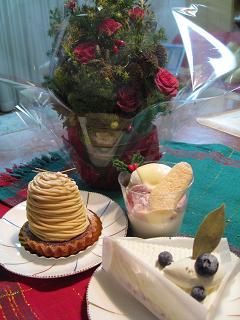 ケーキと花12.24